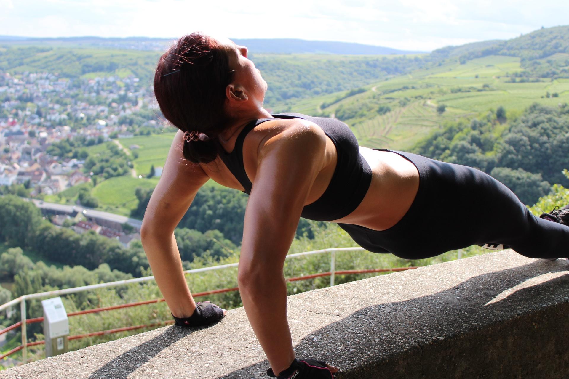Straffere Kurven durch Muskelaufbau