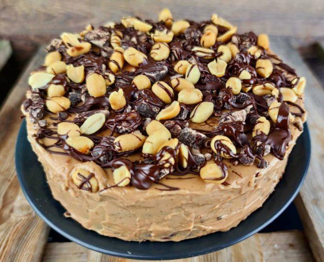 Vegane Protein Erdnuss Karamell Torte